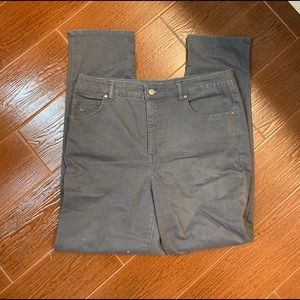 Gloria Vanderbilt All Around Slimming Effect jeans